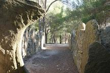 Dolmen des Fades, Pepieux, France