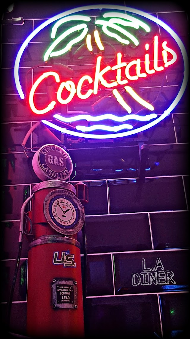 Leslies American Diner