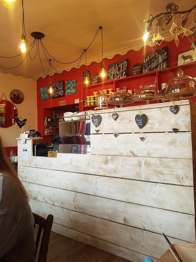 Curious Cafe & Bistro