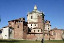 Basilica San Lorenzo Maggiore, Milan, Italy