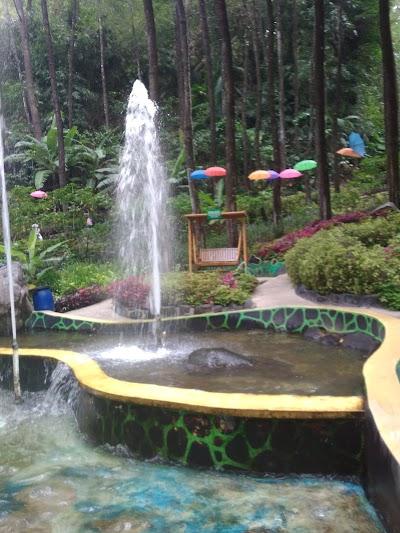 Air Terjun Srambang East Java