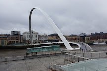 Gateshead Millennium Bridge, Gateshead, United Kingdom