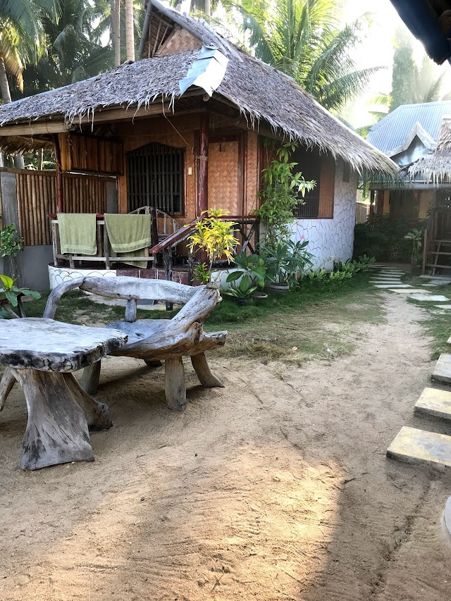 Talindak Beach Cottages