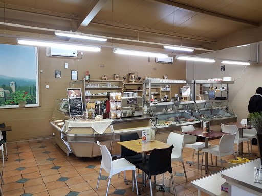 Delis Restaurant