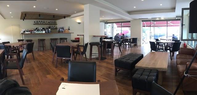 Oinops Wine Bar - Restaurant