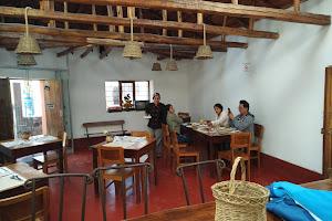 Mashua Resto Bar 4
