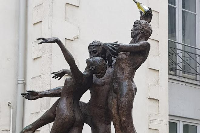 Sculpture la Dance de Correia, Nantes, France