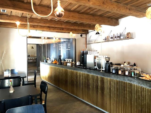 Ch9 Kaffeehaus