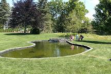 West of the Lake Gardens, Manitowoc, United States