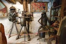 Musée de l'insolite, Lot, France