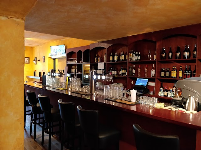 Tierney's Irish Pub & Restaurant