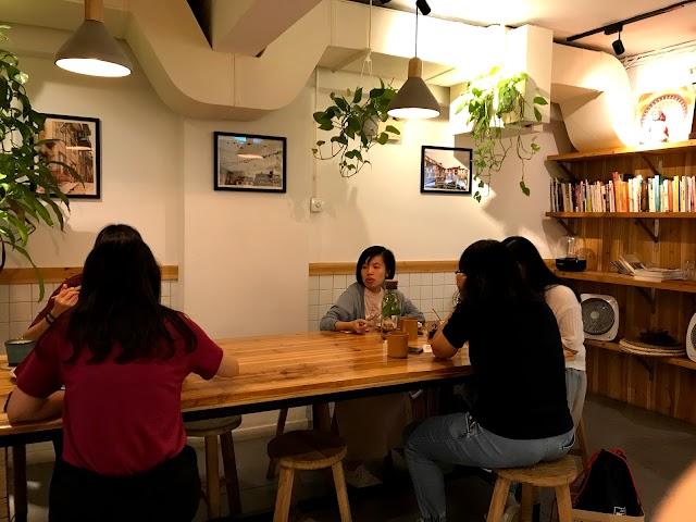 Chakra Cafe 八分目