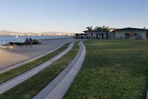 Glorietta Bay Promenade, Coronado, United States