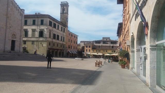 Piazza Duomo - Pietrasanta