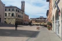Piazza Duomo, Pietrasanta, Italy