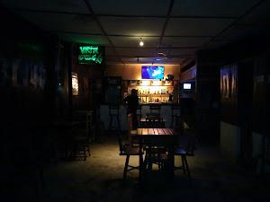 VARITA GLUG bar & Lavadero 2