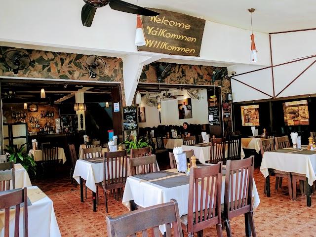 Diver's Inn Steakhouse and International Cuisine