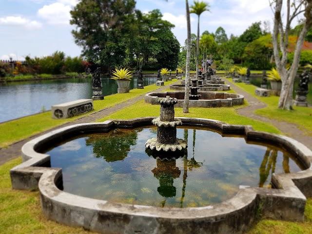 Tirta Gangga - Swimmingpool