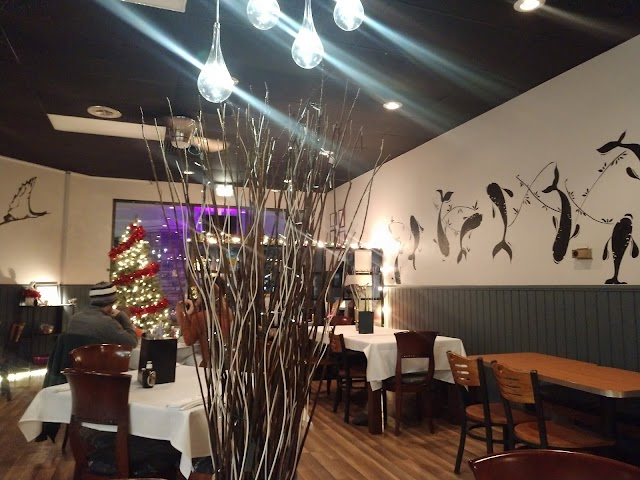 White Tree Sushi and Asian Cuisine