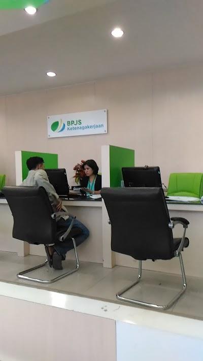 Kantor Bpjs Ketenagakerjaan Pekanbaru Kota Riau 62 761 33257