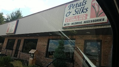 Petals & Silks