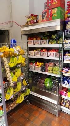 Lakeland grocers