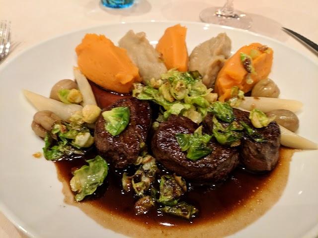 La Paix Restaurant / Le Benjamin Bistro & Bar