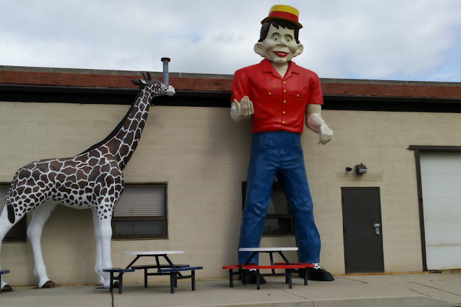 Visit Arnold's Family Fun Center on your trip to Oaks or