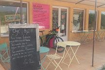 La Boite a Nougat, Crestet, France