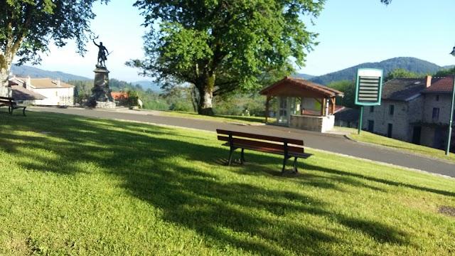 Village vacances Là Ô! Hébergement Vacances Gîte groupe Livradois Puy-de-Dôme Rhône-Alpes Auvergne