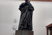 Monumento a Federico Gonzalez Suarez, Quito, Ecuador