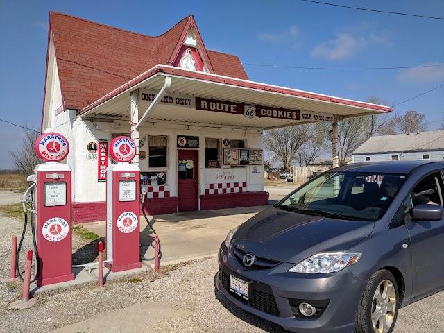 Historic Route 66 - Allen's Conoco Fillin' Station