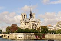 Pont des Invalides, Paris, France