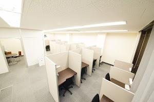 おとな自習室<自習室うめだ 大阪駅前第3ビル店>