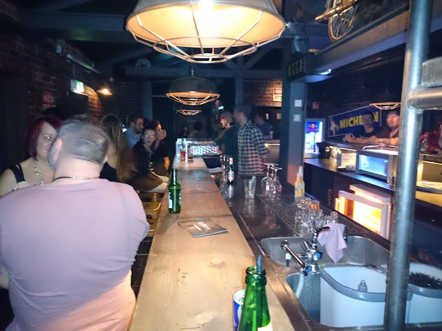 Pure Club & Lounge