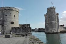 Marche du Centre Ville, La Rochelle, France