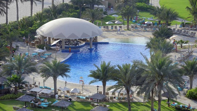 SHADES BAR LE ROYAL MERIDIEN BEACH RESORT & SPA DUBAI UAE
