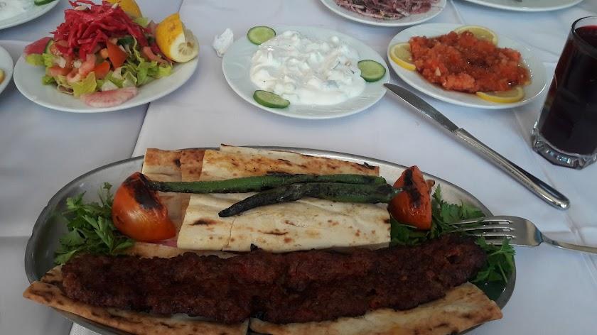 Adana Asmaaltı Kebapçısı Resim 2