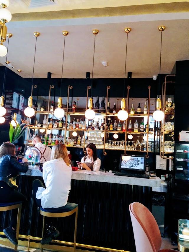 Caffe Bar Crveni Petao