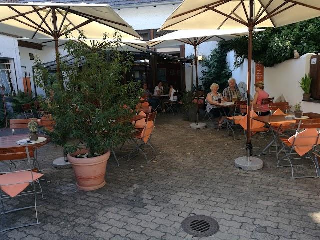 Zur Schwarzen Katz Restaurant und Biergarten