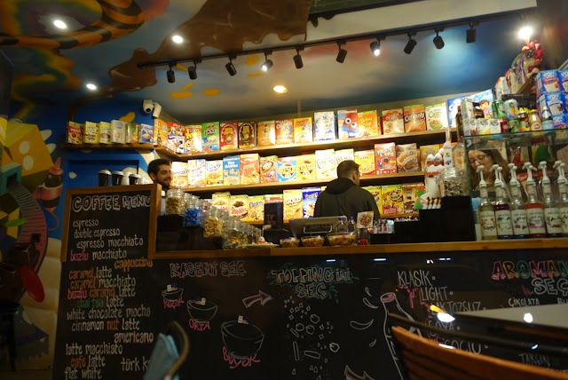 Crazy Flakes Cafe