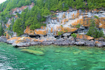 Tobermory Wave Adventures, Tobermory, Canada