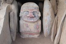 La Pelota - Estatuas A Color, San Agustin, Colombia