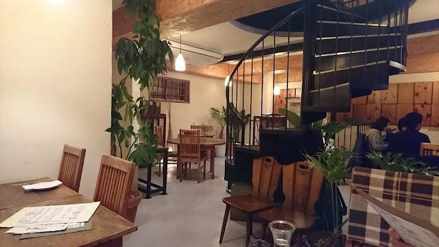 レストラン・バーHANA