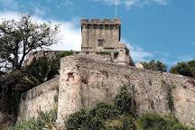 Castello di San Terenzo, San Terenzo, Italy