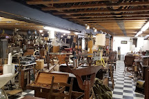Quechee Gorge Village Vermont Antique Mall, Quechee, United States