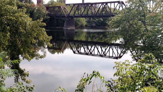 Auburn, ME