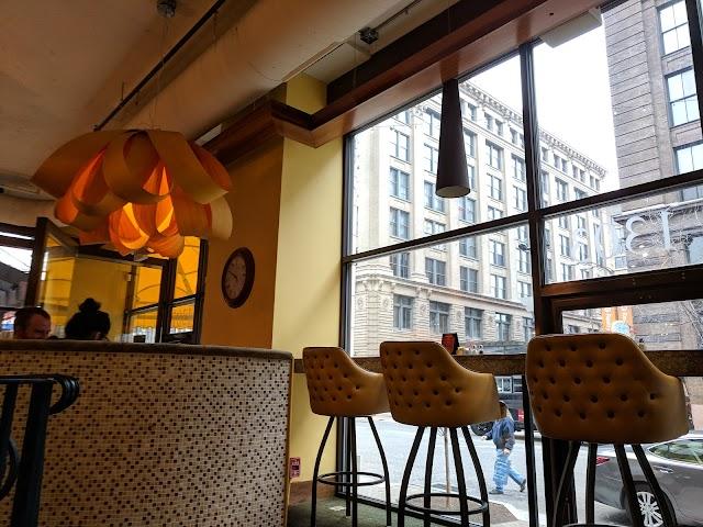 Blondie's Coffee and Wine Bar