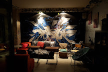 Graffiti Music Bar, Madrid, Spain