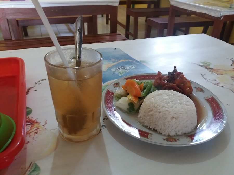 Rumah Makan and Seafood